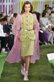 trendy-w-modzie-fashion-business-Escada-SS_19_910201893037