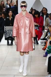 trendy-w-modzie-fashion-business-Miu_Miu-SS_19_910201892544
