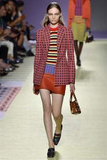 trendy-w-modzie-fashion-business-Versace-SS_19_910201892626