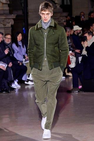 trendy-w-modzie-meskiej-fashion-business-Officine_Generale-FW_19_20_172201963052