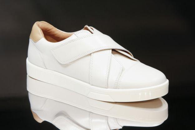Verschluss, Off White von Calvin Klein