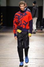 tendencje-mody-fashionbusiness-Dirk_Bikkembergs