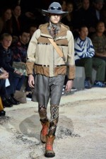 trendy-mody-fashionbusiness-Louis_Vuitton