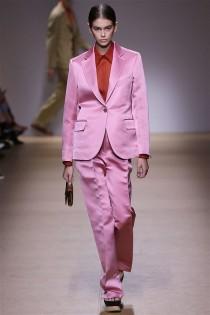 trendy-w-modzie-fashion-business-Salvatore_Ferragamo-SS_19_910201895311