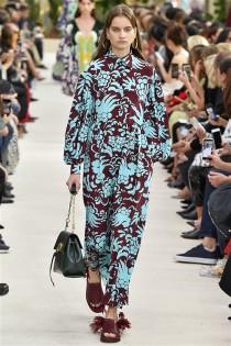 trendy-w-modzie-fashion-business-Valentino-SS_19_910201882846