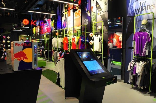 Tredny-w-retailu-customer-experience-R-gol-rynek-mody-w-polsce