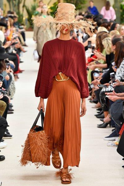 trendy-w-modzie-Valentino-PLISOWANE