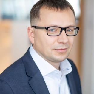 Prognozy-dla-biznesu-mody-LPP_Jacek Kujawa 2