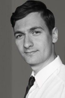 Prognozy-dla-biznesu-mody-Mateusz Stasiak - Giacomo Conti