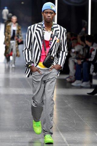 moda-meska-fashion-biznes-Versace-FW_19_20_172201995357